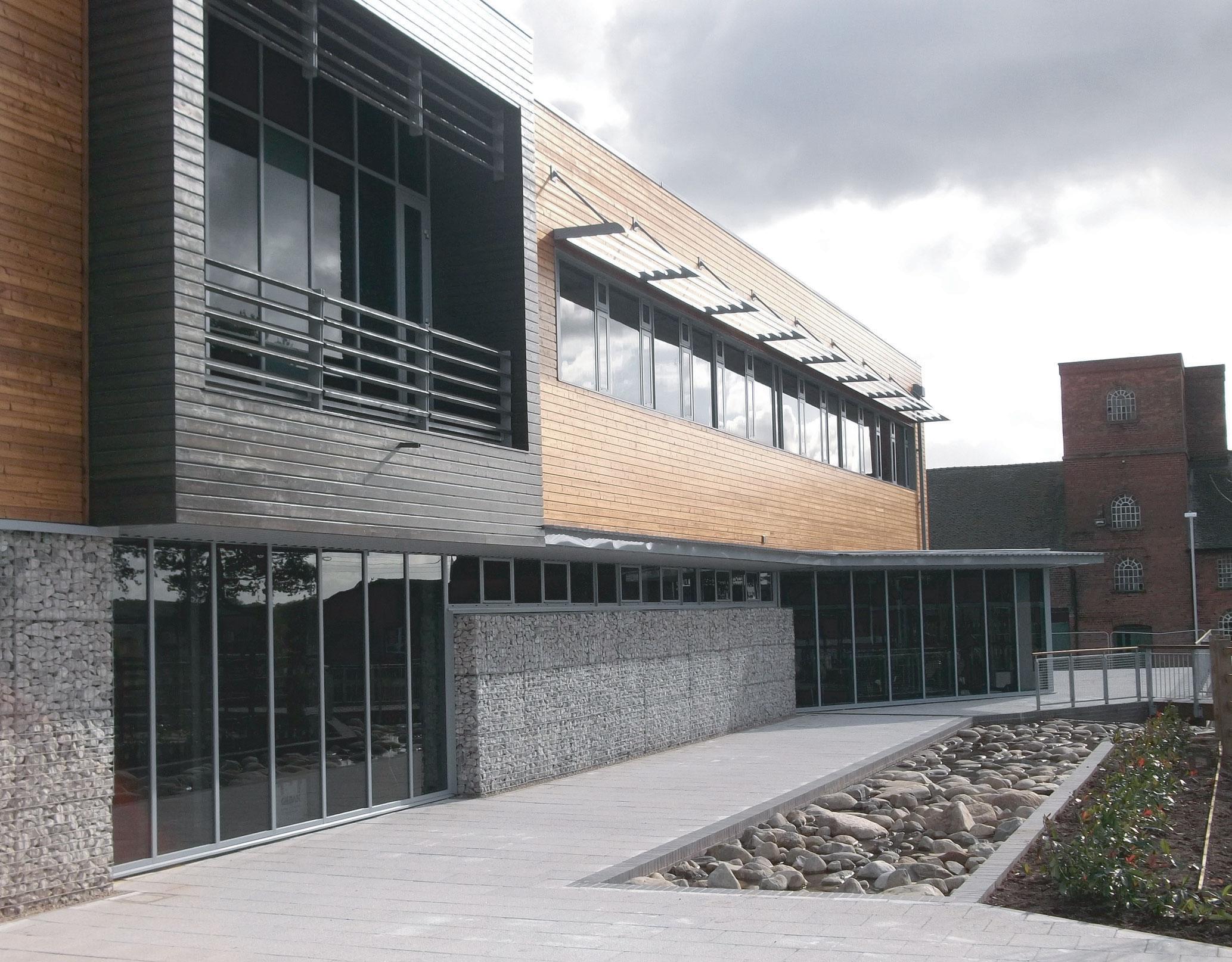Commerical aluminium windows uk southampton hampshire for Commercial windows