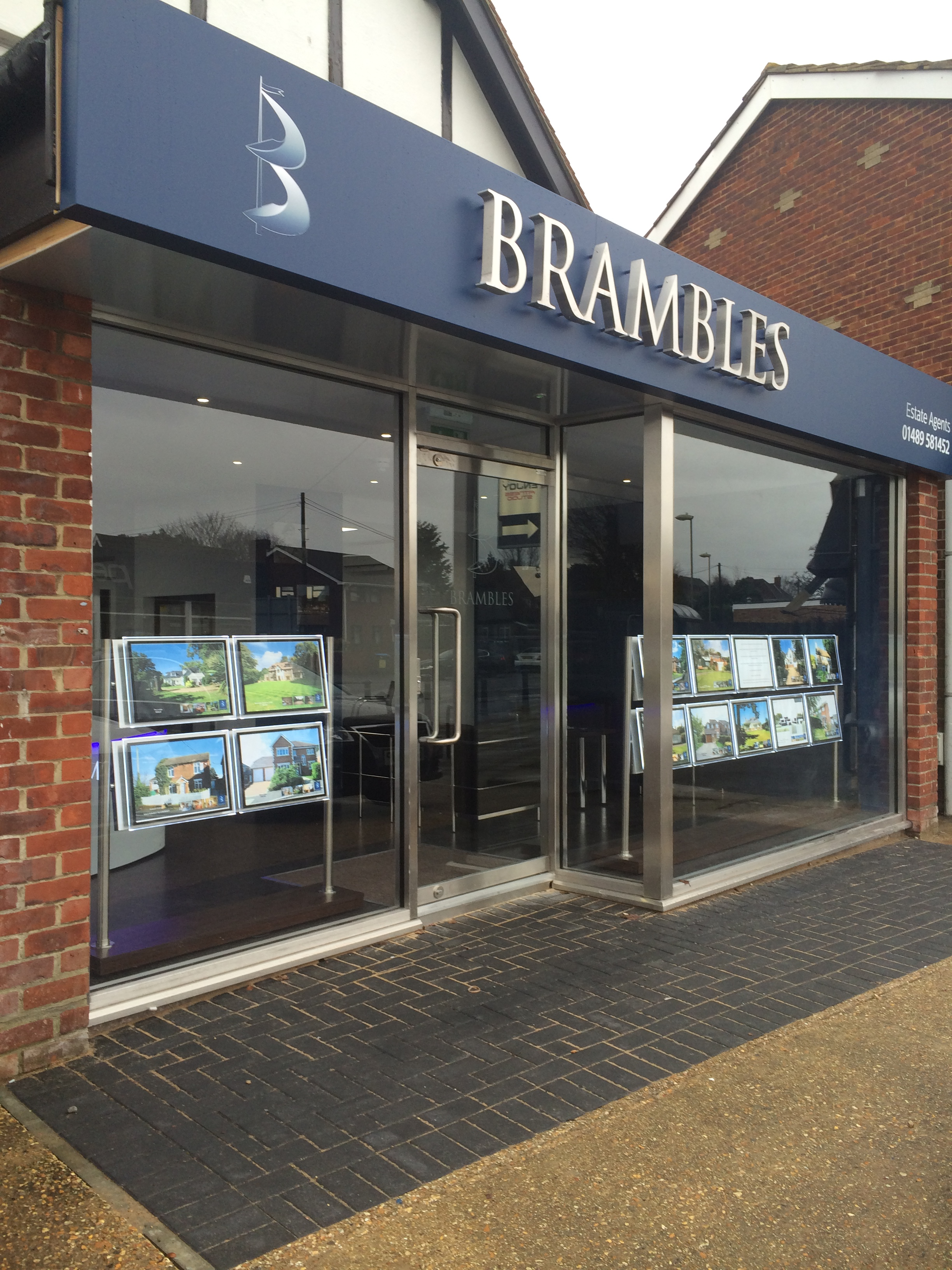 Aluminium Shopfronts in Southampton